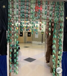 Cajun Christmas School Hallway